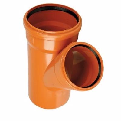 Image of   PVC-grenrør 110mm, 45°. Med kort indstiksmuffe EN1401