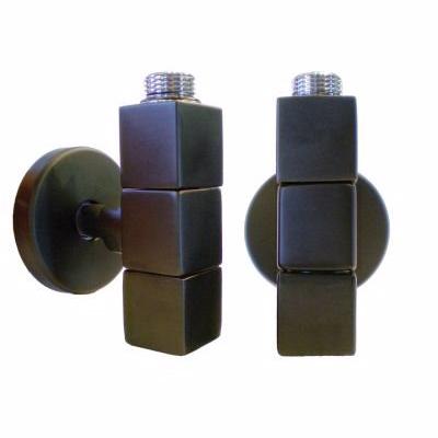 Image of   Kriss 4K2S ventilsæt, vinkelløbende med 1/2'' tilslutningsrør & rosetter. Sort
